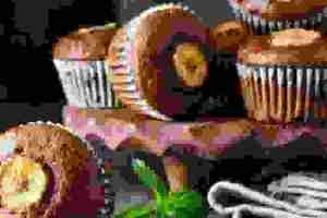 Συνταγή για ατομικά cupcakes με κομμάτια σοκολάτας και μπανάνα