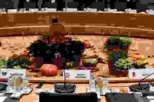 Συνόδος Κορυφής: Γιατί έκλεισε την «πόρτα» σε Σκόπια και Τίρανα