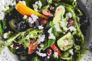 Τι να βάλεις στη σαλάτα; Τα 6 βήματα για να την φτιάξεις τέλεια - Shape.gr
