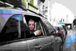 Γονείς οδηγούν πιο υπεύθυνα όταν έχουν παιδιά στο αυτοκίνητο