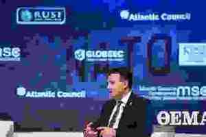 Ζάεφ στη Σύνοδο του ΝΑΤΟ: Η στάση της Γαλλίας ήταν λάθος και μας αδίκησε
