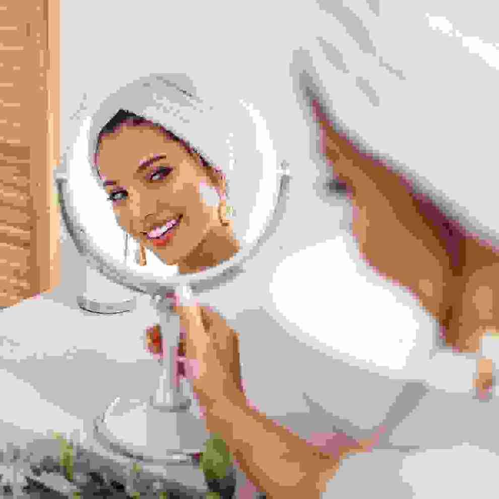 3 βασικά λάθη που κάνεις με τα καλλυντικά και τα προϊόντα μακιγιάζ - Shape.gr