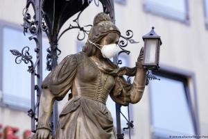 Γερμανία: Υποχρεωτική η χρήση μάσκας;   DW   31.03.2020