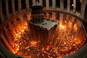 Ισραηλινά μέσα: Κανονικά το Αγιο Φως στην Ελλάδα - Ειδήσεις - νέα - Το Βήμα Online