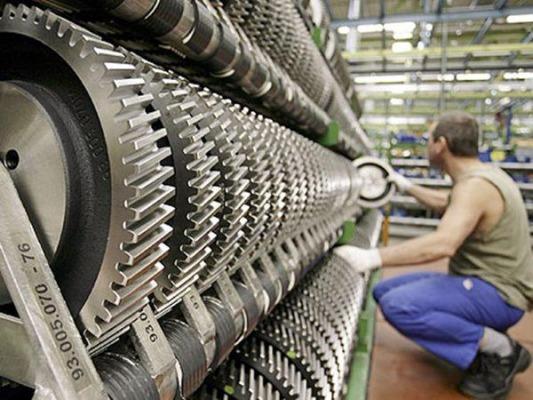 Δραματική συρρίκνωση παραγωγής και απασχόλησης στη βιομηχανία - Ερχονται τα χειρότερα
