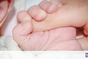 Απίστευτο: Μωρό γεννήθηκε με μακριά, πυκνά μαλλιά - Έχει χιλιάδες θαυμαστές (pics)