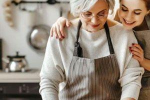 Γιορτή της μητέρας: Μπαίνουμε στην κουζίνα και μαγειρεύουμε μαζί με τη μαμά μας!