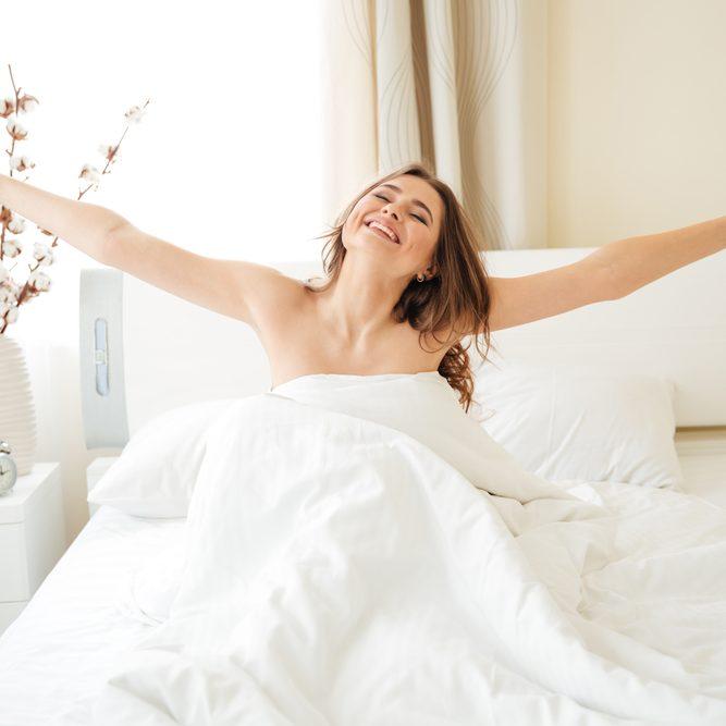 Ποιες είναι οι καλύτερες τροφές για επίπεδη κοιλιά και πόσες ώρες ύπνου μειώνουν το κοιλιακό λίπος; - Shape.gr