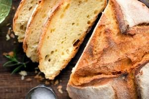 Ποιο είδος ψωμιού αδυνατίζει; Ποιο έχει τις λιγότερες θερμίδες και λιπαρά;