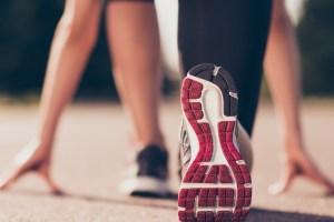 Πώς να επιλέξεις σωστά αθλητικά παπούτσια; Το τεστ για να διαλέξεις τα σωστά για το πέλμα σου - Shape.gr