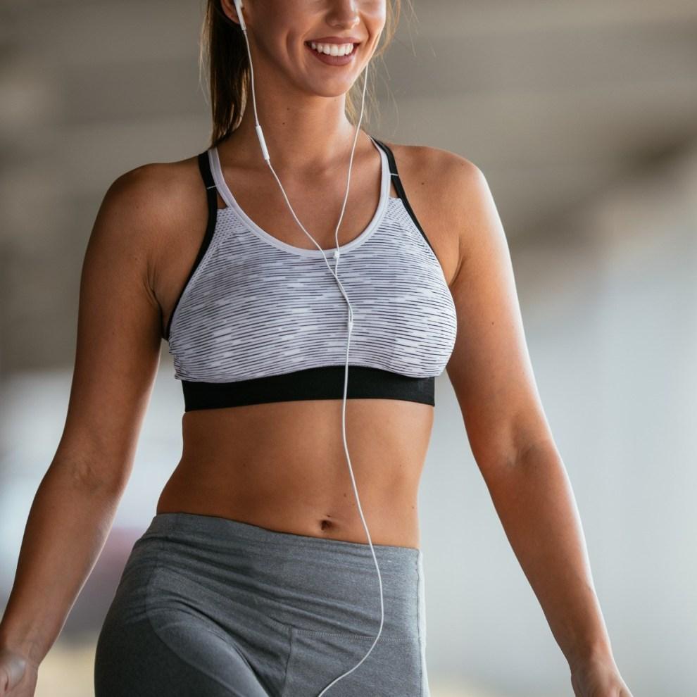 Ασκήσεις για αδυνάτισμα: Οι αλλαγές στην προπόνηση που χτίζουν ένα όμορφο σφιχτό γυναικείο σώμα - Shape.gr