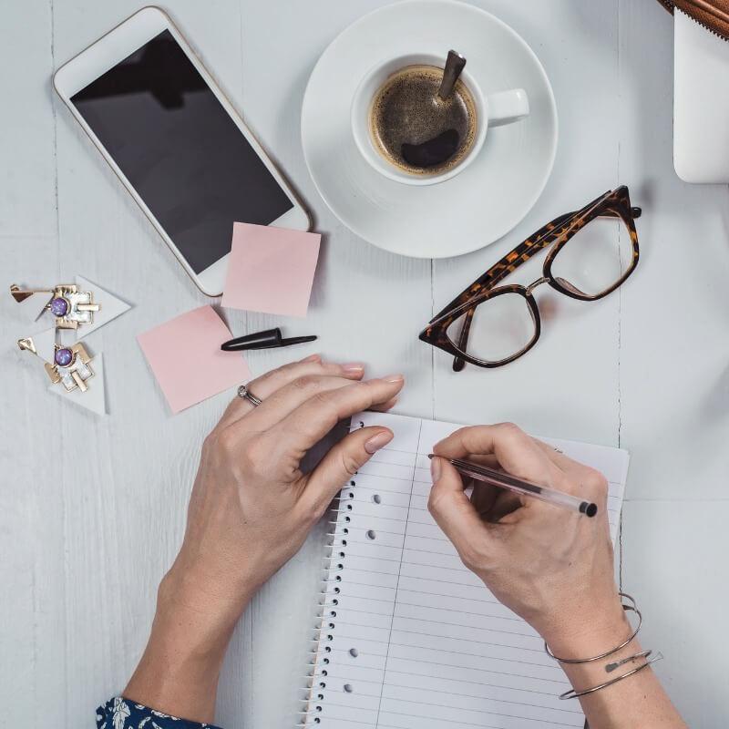 Πώς να είσαι (και να φαίνεσαι) επαγγελματίας στη δουλειά - Shape.gr