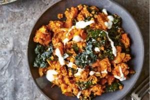 Συνταγή για spicy bowl με κινόα έτοιμο σε ελάχιστο χρόνο - Shape.gr