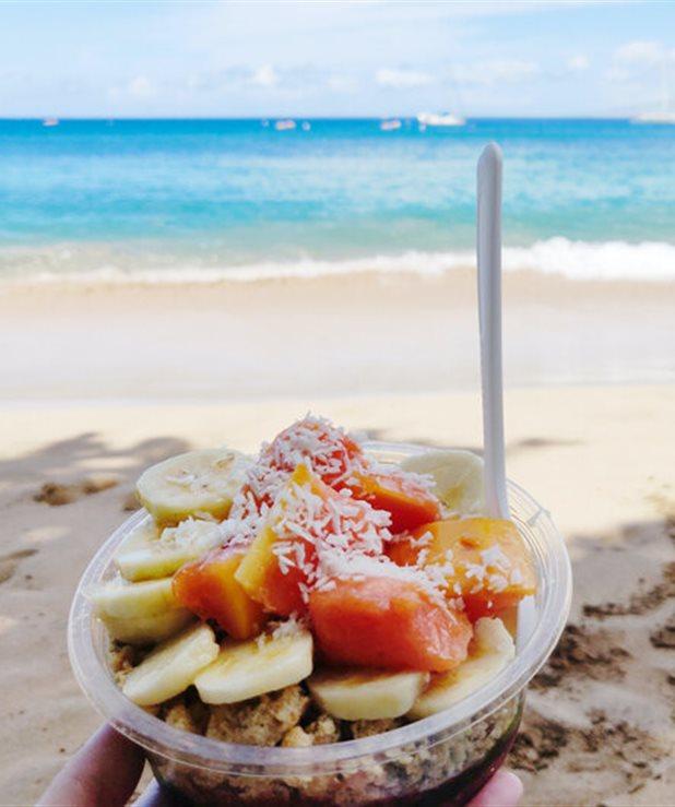 Τα σνακ της παραλίας. Τι να ρίξεις μέσα στην τσάντα θαλάσσης σου