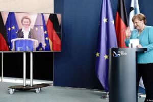 Η νέα ηγεσία της ΕΕ: Η πρόεδρος συναντά την καγκελάριο | DW | 03.07.2020