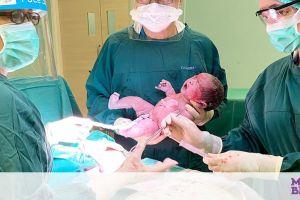 Μοναδικές φωτογραφίες παιδιών που γεννήθηκαν με καισαρική τομή (pics)
