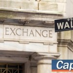 Στα χαμηλά ημέρας το κλείσιμο της Wall Street, βουτιά 400 μονάδων ο Dow Jones
