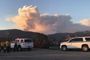 ΗΠΑ : Ανεξέλεγχτη φωτιά στην Καλιφόρνια – Έως χθες είχαν καταστραφεί 40.000 στρέμματα γης - Ειδήσεις - νέα - Το Βήμα Online