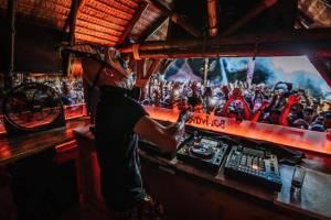 Ο Boris Brejcha στα decks του Bolivar Beach Bar την Παρασκευή 7 Αυγούστου
