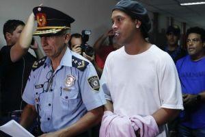 Ροναλντίνιο: Πάρτι με μοντέλα έκανε ο Βραζιλιάνος όσο ήταν σε κατ οίκον περιορισμό