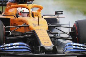 Formula 1: Η στιγμή που πέτρα σπάει τον καθρέφτη της McLaren του Λάντο Νόρις