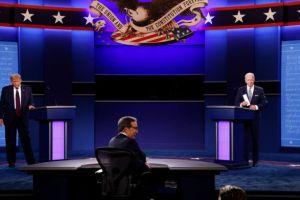 Αποτίμηση του debate Τραμπ – Μπάιντεν :  Ποιος «έκλεισε το μάτι» στους ακροδεξιούς