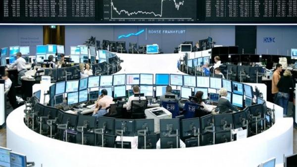 """Στο """"κόκκινο"""" ξανά οι αγορές της Ευρώπης"""