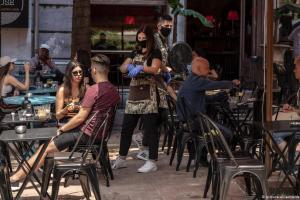 Ήταν πραγματικοί οι αριθμοί της Ελλάδας για τον κορωνοϊό; | DW | 21.10.2020