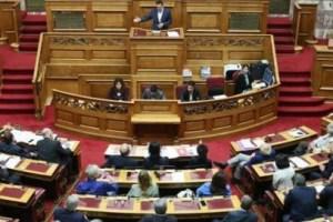 Βουλή - πρόταση δυσπιστίας: 243 βουλευτές ενεγράφησαν στον κατάλογο των ομιλητών