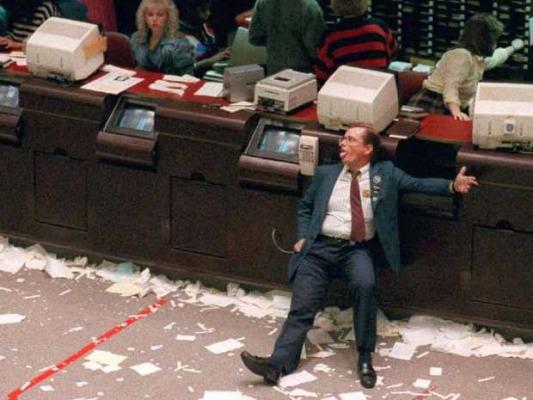 Καταστροφή στο χρηματιστήριο! Στο βυθό οι τραπεζικές μετοχές