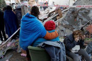 Σεισμός : Στους 26 οι νεκροί στη Σμύρνη - Ειδήσεις - νέα - Το Βήμα Online
