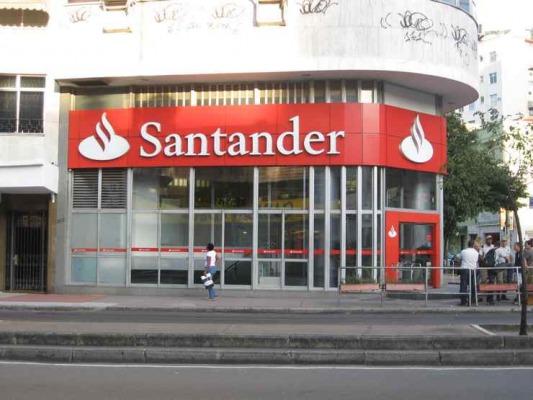 Santander: Καθαρά κέρδη 1,75 δισ. ευρώ στο γ' τρίμηνο