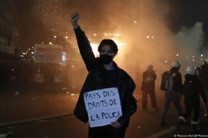 Βίαιες ταραχές στη Γαλλία | DW | 29.11.2020