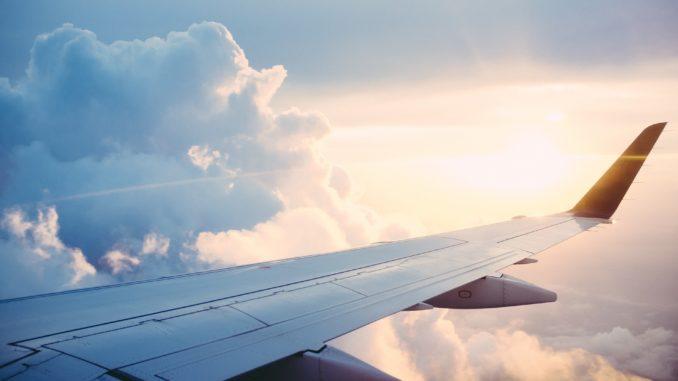 Πώς θα γίνονται τα ταξίδια όταν βγει το εμβόλιο – Τι λέει CEO αεροπορικής εταιρίας