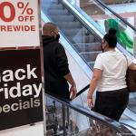 Το Black Friday «απογειώνει» τις διαδικτυακές αγορές | DW | 27.11.2020