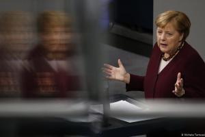Η Α. Μέρκελ υποστηρίζει στη Bουλή την παράταση του lockdown | DW | 26.11.2020