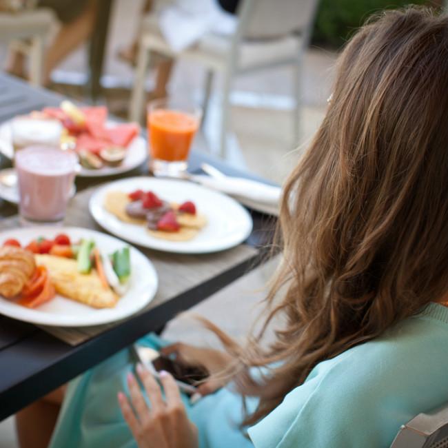 6 + 1 μυστικά για να καταναλώνεις σωστές ποσότητες φαγητού στο γεύμα σου - Shape.gr