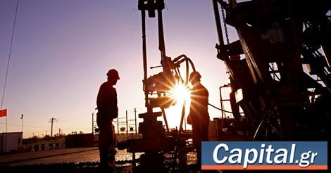 Απώλειες άνω του 5,5% για το πετρέλαιο, με φόντο τη μετάλλαξη του κορονοϊού