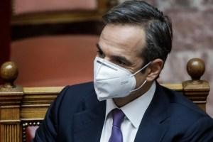 Βουλή: Πήρε πίσω ο Μητσοτάκης το πρόστιμο των 500 ευρώ μετά τη θύελλα των αντιδράσεων