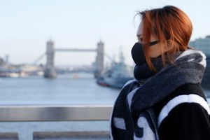 Βρετανία: Σκέψεις για επίδομα 500 λιρών σε όσους βγουν θετικοί στον κορωνοϊό
