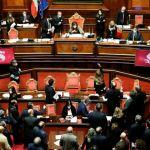 Η ιταλική Γερουσία έδωσε ψήφο εμπιστοσύνης στην κυβέρνηση Κόντε