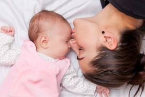 Κεφάλαιο ύπνος: Οι πρώτες οχτώ εβδομάδες με το μωρό σου
