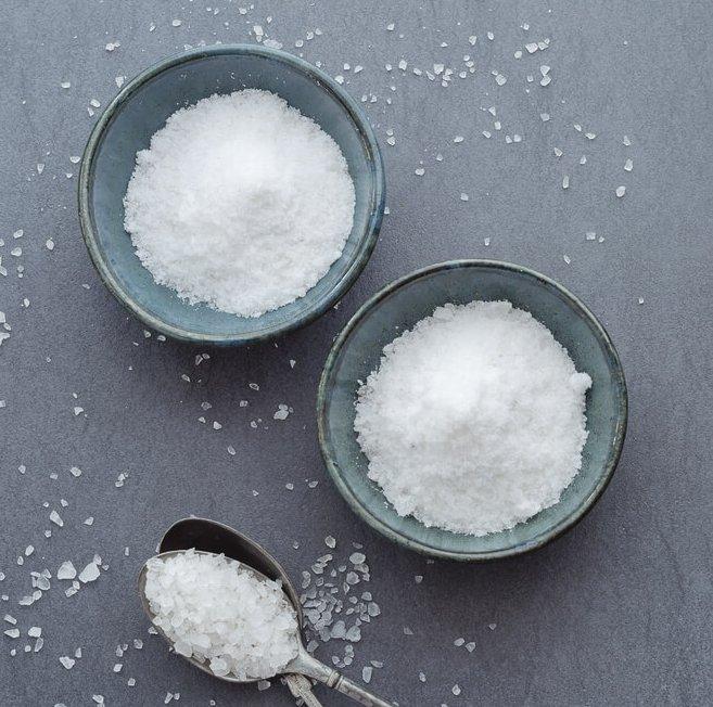 Μυστικά ομορφιάς και μάσκες με αλάτι; Κι όμως, κάνει καλό - Shape.gr