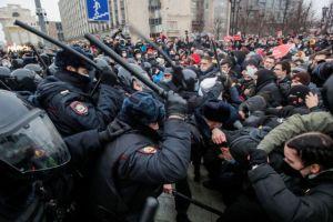 Ρωσία : Πάνω από 3.000 συλλήψεις στις διαδηλώσεις υπέρ του Ναβάλνι