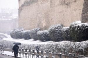 Στην τρίτη φάση η κακοκαιρία «Λέανδρος» – Χιόνια και στην Αττική