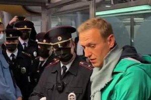 Υπόθεση Ναβάλνι : Δεν έχει επαφή με τους δικηγόρους του – Να αφεθεί ελεύθερος ζητούν Γερμανία και Βρετανία