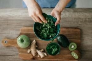 Detox διατροφή μετά τις γιορτές: 5 γευστικές συνταγές που θα σε βοηθήσουν στην επαναφορά σου - Shape.gr