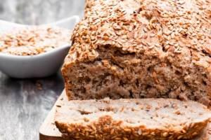 Συνταγή για ψωμί λιναρόσπορου χωρίς αλεύρι από τη διατροφολόγο - Shape.gr