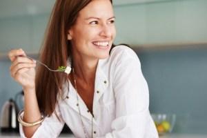 γυναίκα διατροφή δίαιτα υγεία εμμηνόπαυση