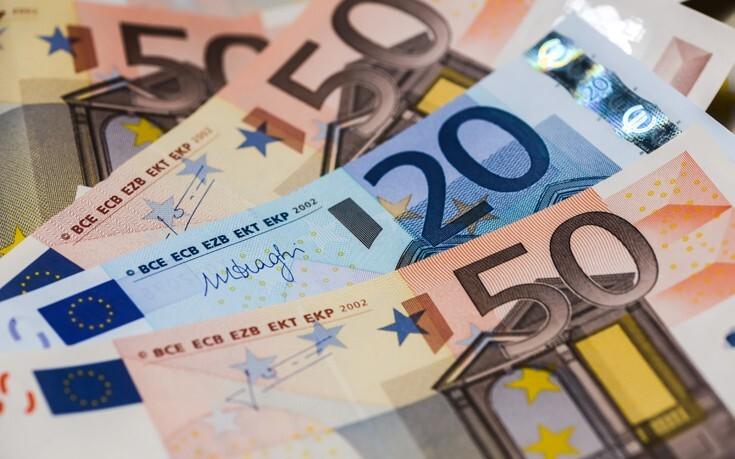 Επίδομα 534 ευρώ: Αύριο καταβάλλονται τα χρήματα σε 611.618 δικαιούχους